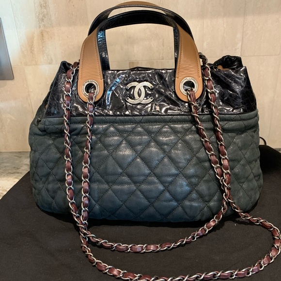 CHANEL Handbags - Chanel Portobello In The Mix Tote 4b75a10ada029